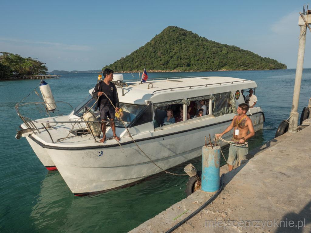 Tym razem płyniemy małą łódką