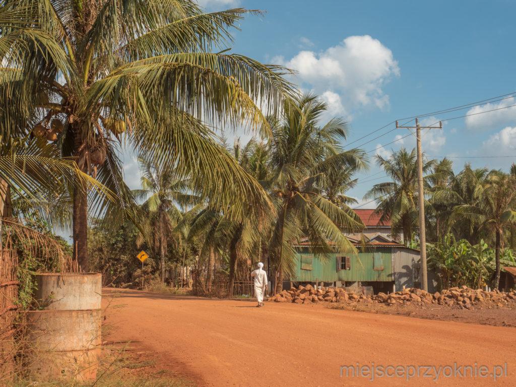 Droga lokalna w prowincji Kampot
