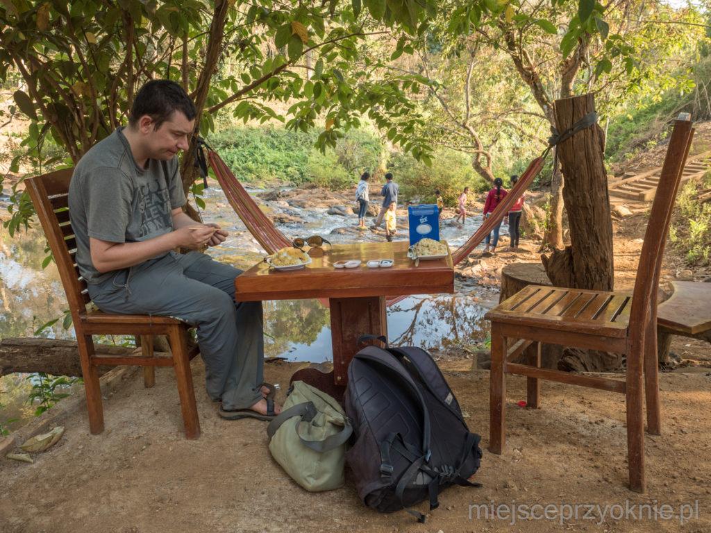 Obiad w pięknych okolicznościach przyrody