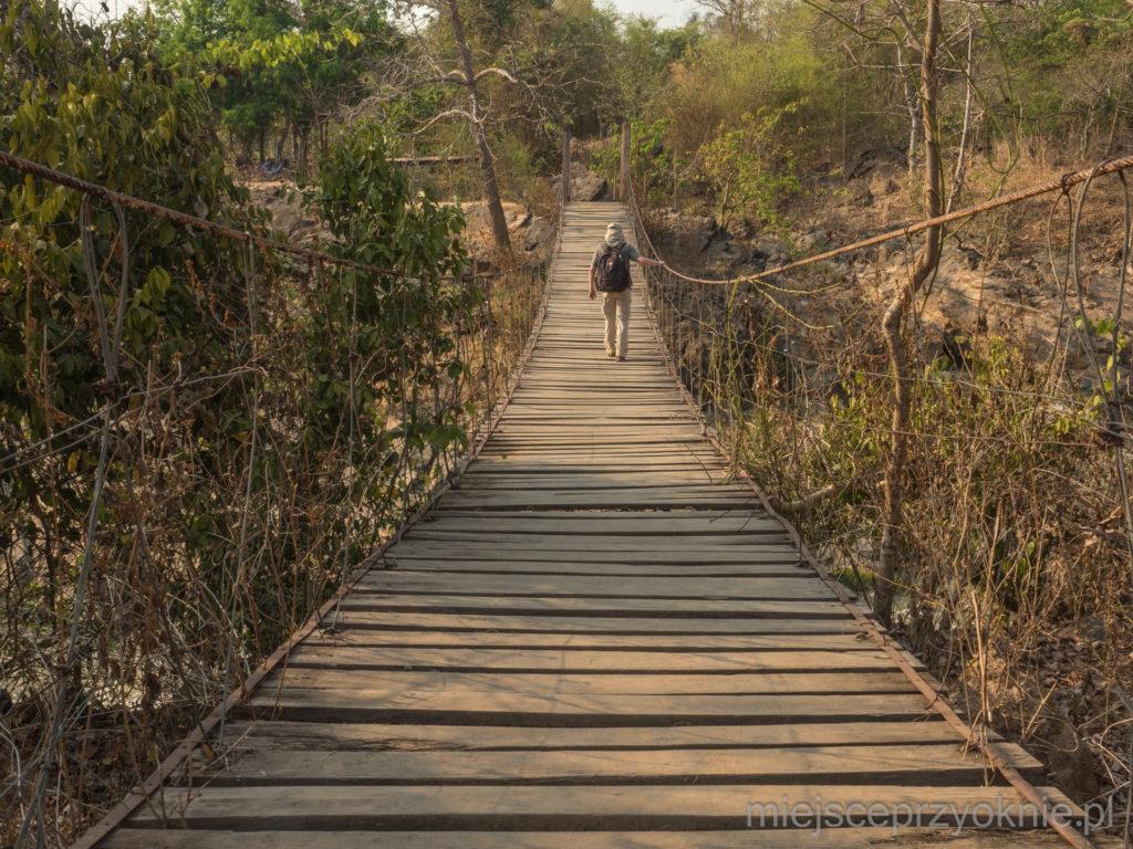 Wiszący most nad jedną z odnóg Mekongu