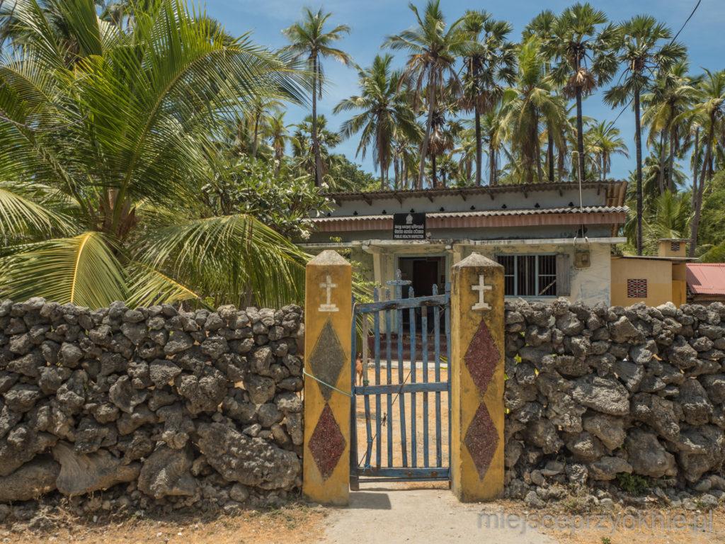 Jeden z domów w centrum wyspy